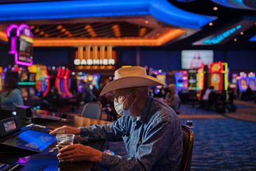Four Horrible Mistakes To Keep away from Once you Gambling Betting